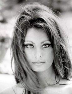 Sophia Loren, ragazza alfa