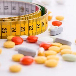 Una serie di pillole, un metro da sarta, la prova costume e farsi l'autodiagnosi